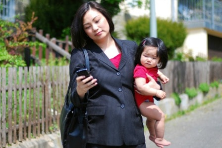 Using content marketing to woo on-the-go modern moms